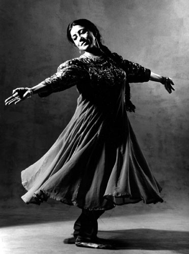 Kathak in Canada would have faded into anonymity if not for Rina Singha, 77, who immortalized Christian fables by connecting it to Kathak.