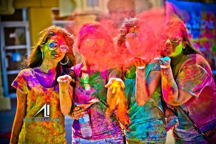 Rung De ONE, an event inspired by the Indian festival of Holi made its debut in Toronto. Organizers invited not just South Asians, but everyone to sample the culture of India. Supplied photo