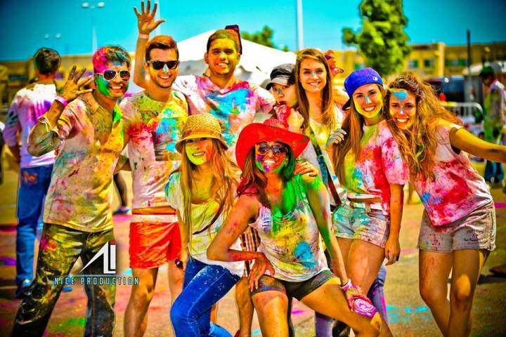 Dozens of people enjoyed the colourful festival of Holi recently in Toronto at the Rung De ONE event. Supplied photo