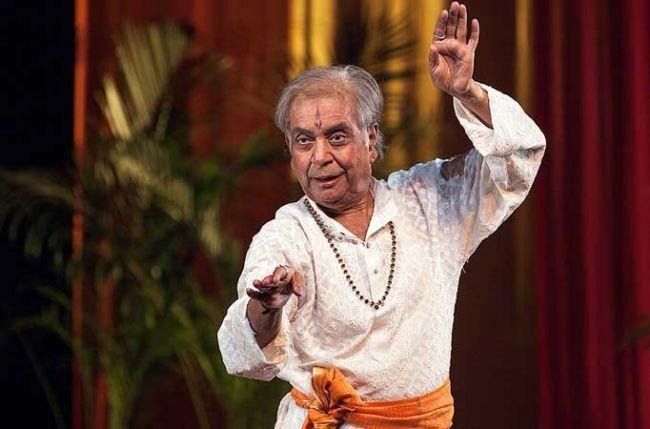 Kathak maestro Pandit Birju Maharaj dancing